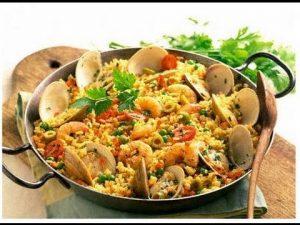 أرز بكوكتيل المأكولات البحرية